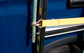 Strop til at holde vinduer på glarmesterbilen